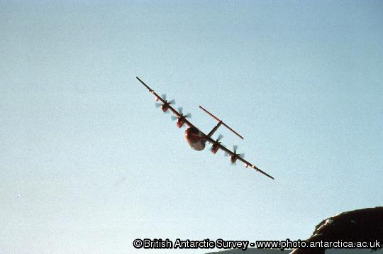 Dash 7 arriving at Rothera