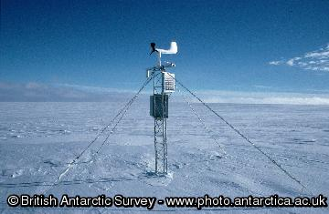 Automatic Weather Station at Atoll Nunataks