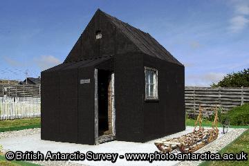 Reclus hut