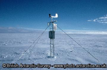 Automatic Weather Station at Atoll Nunataks